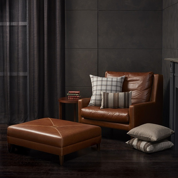 THOMAS MAXWELL LANGHAM LEATHER by Warwick. This is perhaps the highest quality aniline leather we have seen and is one of our most popular ranges. View Leather...