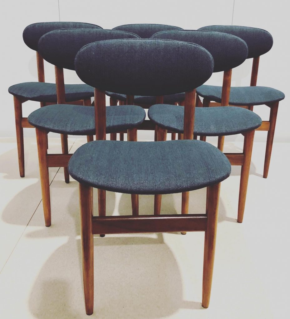 Restore and reupholster 6 x Elite mid century chairs